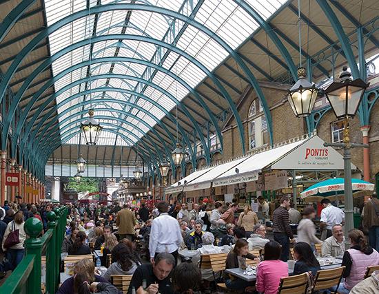 Londen_Covent_Garden_Interior_May_2006_crop.jpg