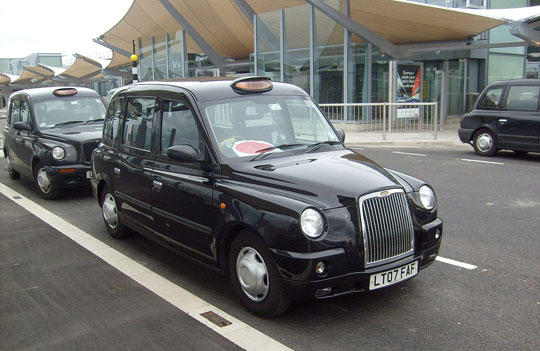 Londen_Heathrow_Airport-taxi