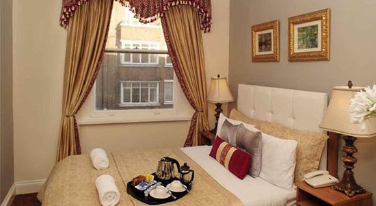 Londen_Piccolino_hotel_3.jpg