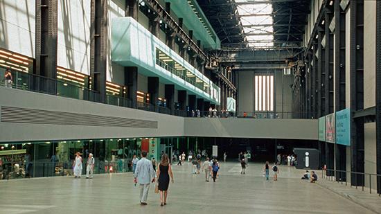 Londen_Tate_modern_london_2001_03.jpg
