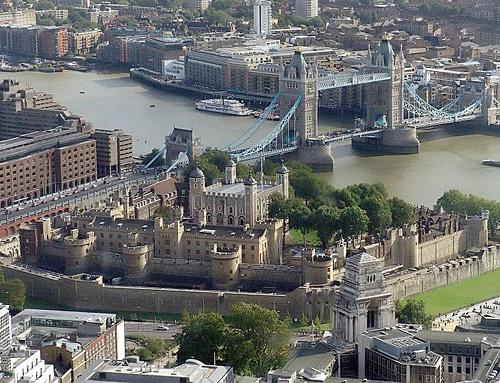 Londen_tower_of_london.jpg